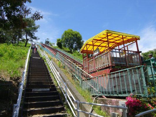 蜂ヶ峯総合公園 ローラー滑り台 リフト
