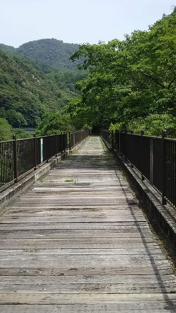 河佐峡パークゴルフ場 遊歩道