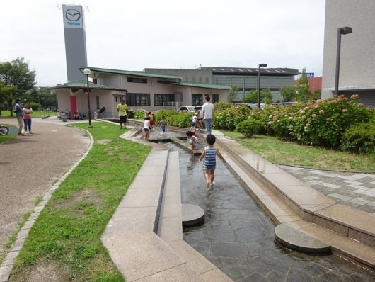新宮中央公園 水遊び (2)