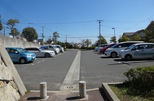 春日野中央公園 駐車場